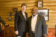 Helen Clark and PNG Prime Minister Michael Somare in Oslo